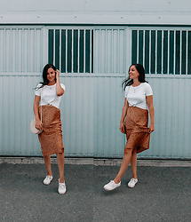 Kassy D - Vans White Shoes, Day After Skirt, J.O. & Co White Tee, H&M Round Purse, H&M Necklace - Don't Worry Baby