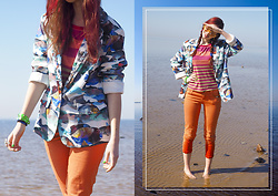Treska Alina - Stradivarius Orange Sunglasses, Stradivarius Orange Pants, Retro Jaket - Seafront