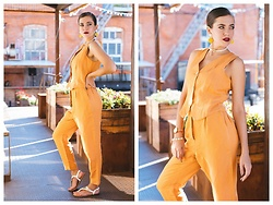 Katerina Lozovaya - Oysho Suit, H&M Sandals - Too bad