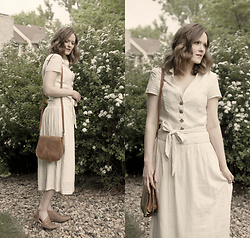 Emily S. - Urban Outfitters Linen Dress, Etsy Leather Saddlebag, Free People Royale Flats - Late Summer Whites