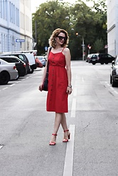 Butterfly Petty - Dresslily Dress, Tamaris Sandals, Furla Bag - Red outfit
