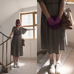 Min M - H&M Dress, Adidas Samba Sneakers, Zara Bag - Summer end