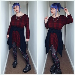 April Willis - Red Tartan Dress, George Black Leaf Jacket, Skull And Rose Tights, Xti Metallic Platform Trainers, Single Chain Necklace, Manic Panic Ultra Violet Hair Dye - Red white & blue rebel