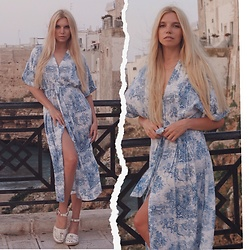 Ekaterina Normalnaya - H&M Dress - Polignano look ||