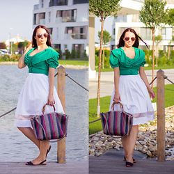 Drew - Textile House Second Hand Top, F&F Skirt, Deichmann Bag - Vacation