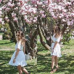 Gabriela Grębska - Na Kd Dress, Lasocki Boots - Magnolia & white boho dress