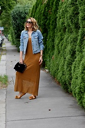 Butterfly Petty - Zara Jacket, Guess Bag, Zara Shoes, Zara Dress - Long dress