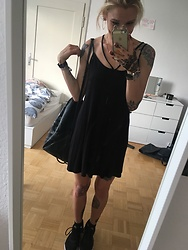 Kelly Doll - Asos Black Dress - Black Summer