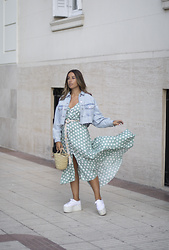 Claudia Villanueva - Zara Jacket, Tbdress Dress, Local Store Bag, Superga Sneakers - Vestido Flamenco