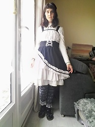 Lulu Longstocking - Bodyline Second Hand Lolita Dress, Resoled Lolita Shoes - Gothic lolita