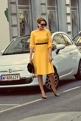 Butterfly Petty - Guess Bag, Shoes - Yellow dress
