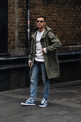 Kevin Elezaj - Vans Sneakers, Levi's® Jeans, A Day's March Sweater, H&M Parka, Komono Glasses - Chinatown, London