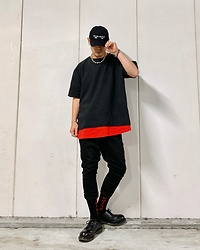 ★masaki★ - Kollaps Noise Music, Ch. Oversized Tops, Gildan Layer, Asos Dropchrotch, Kollaps Noise Socks, Dr. Martens 3hole - 🧦NOISE SOCKS🧦