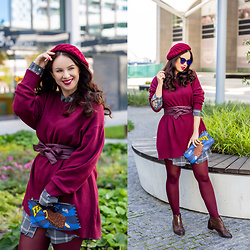 Drew - Kik Sweater, Elegance For Me Belt - Oversized in burgundy
