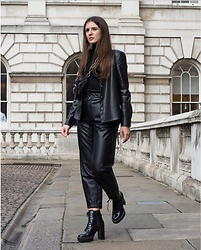 Anna -  - Leather look
