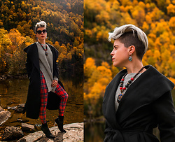 Carolyn W - Femme Luxe Dramatic, Femme Luxe Split Side, Black Milk Clothing Tartan, Ego Shoes Buckled - Autumn Drama