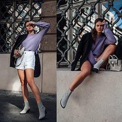 Jacky - Zara Blazer, Baum & Pferdgarten Sweater, Pull & Bear Shorts, Omoda Boots, 3.1 Phillip Lim Bag - Between the seasons outfit: Combining Shorts and Boots