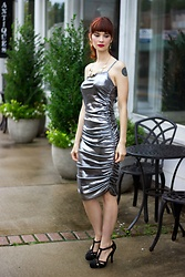 Bleu Avenue Ofbleuavenue - Femmeluxe Silver Metallic One Shoulder Midi Dress Viola - How to Wear Metallics