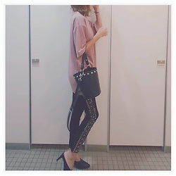 Chii - Asos Pants, Newlook Tee - 💟