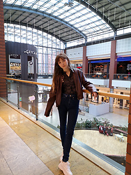 Justyna - Calvin Klein Jeans, Nike White Sneakers, Faux Leather Jacket, Black Blouse - First Autumn look