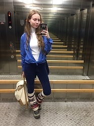 Lexa - Gloria Jeans Gaiters, United Colors Of Benetton Leggings, Modis Shirt, Modis Turtleneck, Marmalato Backpack - 211
