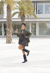 Claudia Villanueva - Zara Shirt, Pull & Bear Dress, Pera Limonera Boots - My early autumn basics