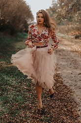 Marcela Wlodarczyk - Renee Tulle Skirt - Girly flower autumn look