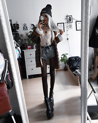Kimi Peri - Tights, Demonia Camel Platform Boots, Vii & Co. Ring Belt, Femme Luxe Lace Body, Ghibli Choker, Vintage Plaid Jacket, Ydwya Beanie, Yesstyle Denim Shorts - Autumn Call