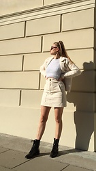 Aneta Kramarska - Camaieu Jacket, H&M Skirt, Mohito Boots - Thank you, next