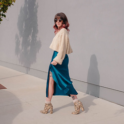 Jessie Barber - Madewell Fest Aviators, Ettika Chain Necklace, Unif Chunky Sweater, Target High Rise Slit Skirt, Shoedazzle Brooke Block Heel Bootie - Snake Rattle and Roll