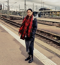 Tram Anh - Asics Jacket, Edinburgh Xxl Woollen Tartan Scarf, Dresslily Dress, Cheap Monday Skinny Jeans, Mango Patent Boots - North by Northwest