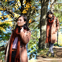 L Z - Forever 21 Scarf, Vintage Coat, Babaton Lilac Sweater, Levi's® Vintage Jeans, Bp Booties - Pumpkin spice scarf