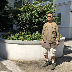 Mannix Lo - Online Shop Military Kimono, Uniqlo Cargo Shorts - You must go through it to grow through it