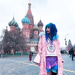 Alina Kireyeva - Lazy Oaf Coat, Wia Top, Nixikillick Nixi Shorts - Moscow in my blood