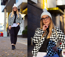 Emma Reay - Shein Checkered Biker Jacket Gifted - OOTD