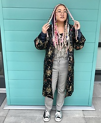 Gemma Buffalo - Converse Green Velvet, Zara Grey Pants, Thrifted Black Kimono - Thrift gems