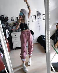 Kimi Peri - The Ragged Priest Platter Pants, Altercore White Izra Sneaker, The Ragged Priest Shock Crop Top, Solrayz Moonstone Necklace, Current Mood No Recess Faux Fur Backpack - A Comfy Day