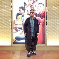 Mannix Lo - Online Shop Washed Long Outer, Online Shop Patchwork Denim Coverall, Rakuda Loose Fit Pants, Undercover X Nike Day Break Sneakers, Uniqlo Long Sleeves Waffle Tee - Everything is connected in life, to know it & understand it
