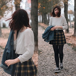 Filipa Lopes - Zaful Denim Jacket, High Waist Gold & Black Plaid Mini Skirt - Goodbye Autumn