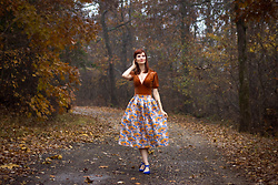 Bleu Avenue - Chic Wish Abundant Floral Embossed Midi Skirt, Forever 21 Shirred Velvet Bodysuit - Autumn Countryside