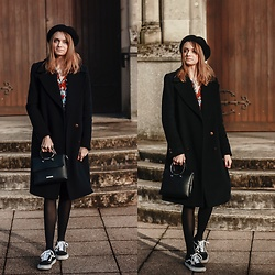Audrey - Zara Coat, Vans Sneakers, H&M Beret - Coat for cold days