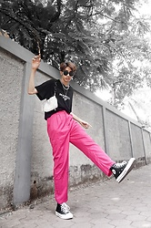 Kiko Kim - Mango Tshirt, H&M Silver Chain Necklace, Converse Chuck Taylor High Top Sneakers, Zalora Hot Pink Trousers - Black Pink in Your Area