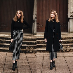 Audrey - Zara Coat, Stradivarius Pants, Bershka Turtleneck - Turtleneck style