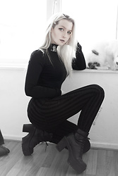Joan Wolfie - Widow Jeans, Widow Top, Killstar Boots - BLESSED // Joan Wolfie