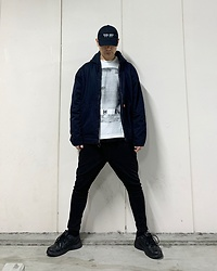 ★masaki★ - Kollaps Dark Wave, Jesse Draxler Art Tee, Dickies Vintage, Asos Dropchrocth, Nike Air Monarch - Dark Wave