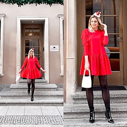 Zuza - H&M Dress, H&M Pearl Bag, Bershka Boots - Christmas vibes