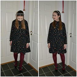 Mucha Lucha - Asos Headband, Monki Dress, & Other Stories Heels - Merry Christmas!