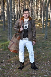 Pawel - Diesel Jeans, Iceland Wool Sweater, Vintage Bag, Vintage Aviator Jacket - December.