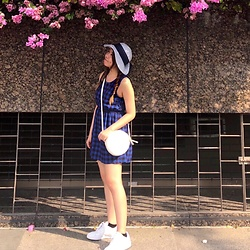 3xternal.dust - Marks & Spencer Hat, Bought In Korea Plaid Dress, Forever 21 Bag, Reebok Sneakers - Summer in Singapore