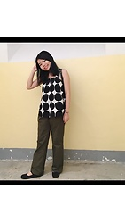 3xternal.dust - Eleven Floor Top, Uniqlo Wide Leg Pants, Muji Flats, Urban Outfitters Backpack, 2ne1 Bracelet - Polka dotty